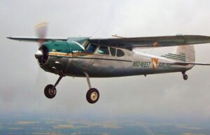 Cessna-195